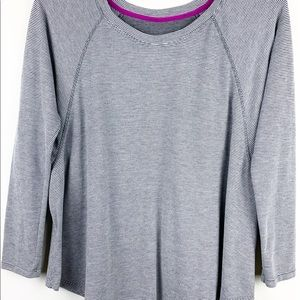 Calvin Klein Performance Quick Dry Tee Shirt Top M